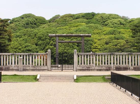 仁徳天皇陵正門?